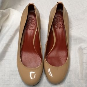 Tory Burch Annelise Patent Leather Nude Wedge